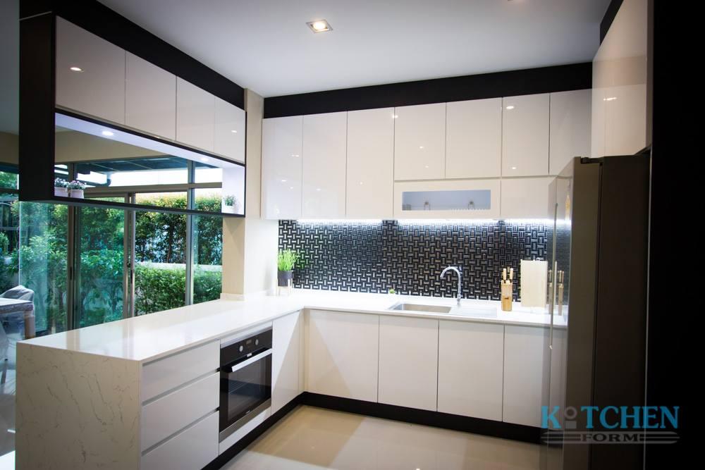 ชุดครัวบิ้วอิน Kitchen room & Pantry room